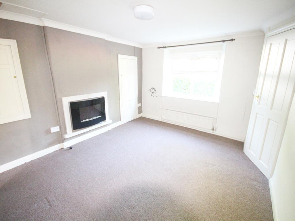 3 bedroom cottage For Sale in Barrowford - Property photograph